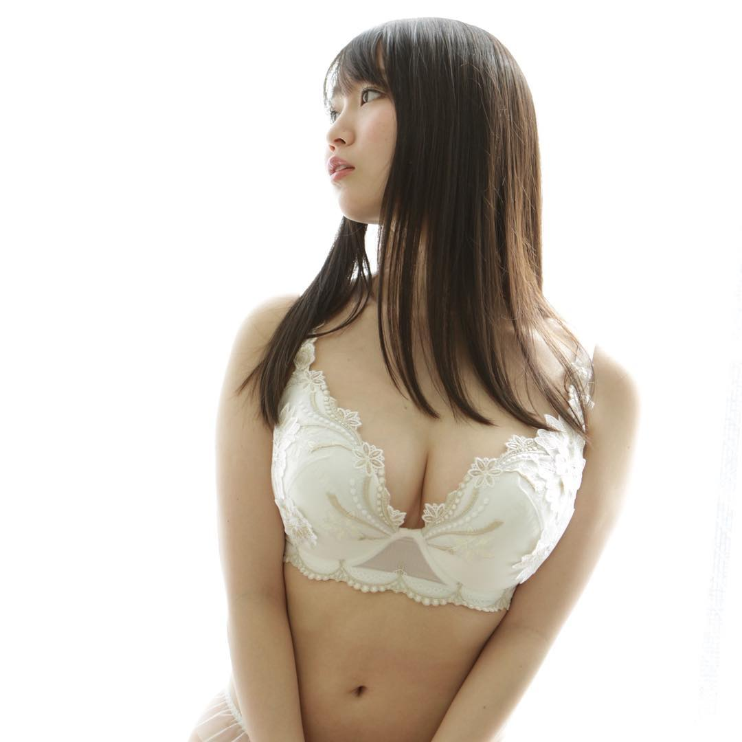 【夢乃あいかエロ画像】ちっちゃくても超美巨乳な美少女、夢乃あいかの絶品裸身!(;´Д`)