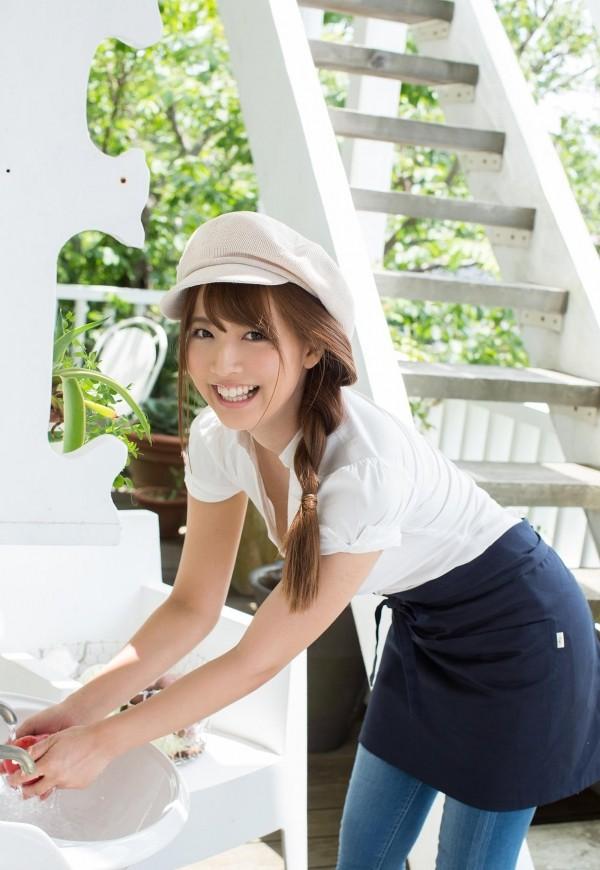 【三上悠亜エロ画像】元国民的アイドル!三上悠亜の魅力に迫る(;´∀`)