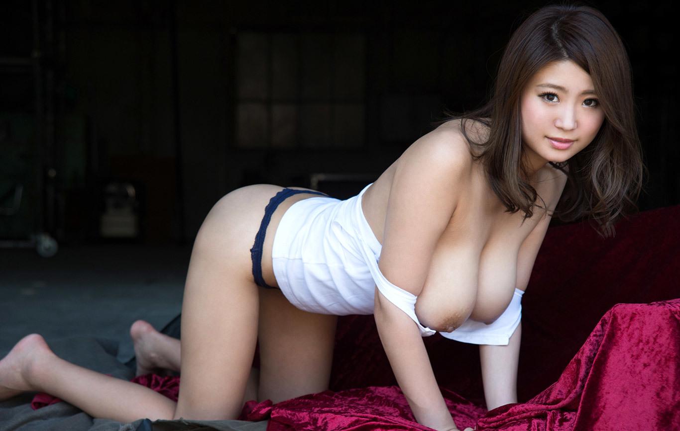 【深田ナナエロ画像】見事に神ったKカップ美爆乳ボディを持つ深田ナナ!(;´∀`)