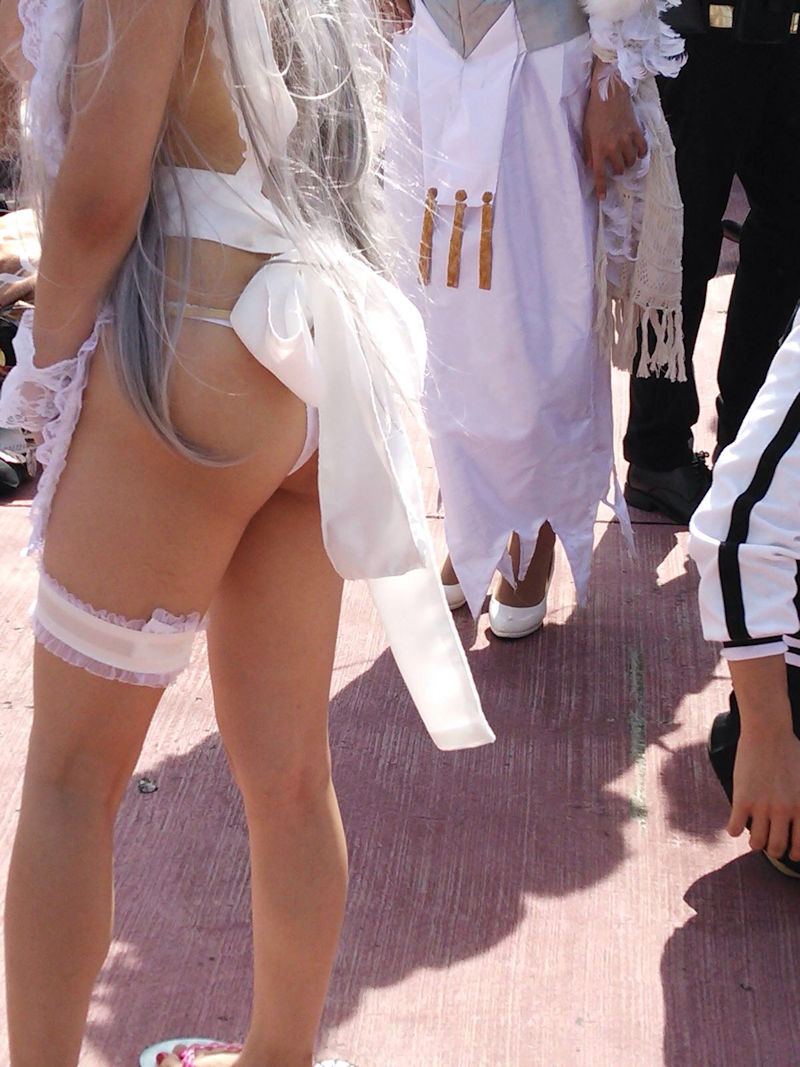 【コスプレエロ画像】下方面から攻めに入ったコスプレイヤー達のハミ美尻!(;^ω^)