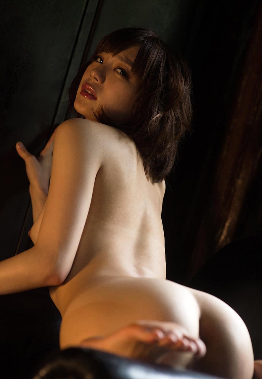 【鈴村あいりエロ画像】超可愛くて小さな美尻!正統派美少女な鈴村あいり(;´∀`)