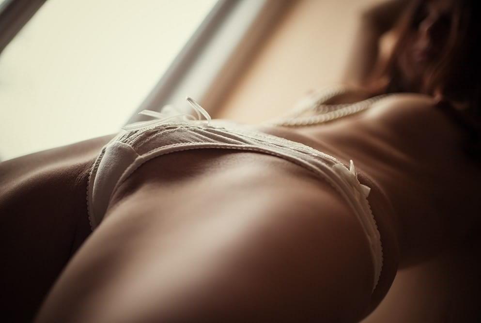 【股間エロ画像】皆様盛り上がっておりますw興奮気味にも見えるモリマン土手(;´∀`)