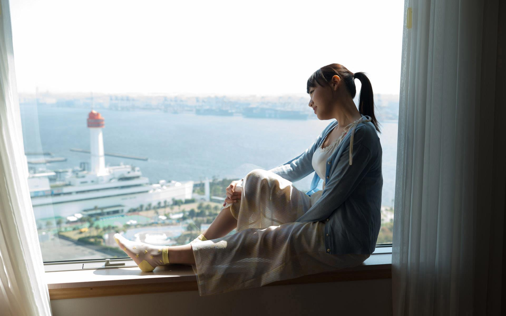 【浜崎真緒エロ画像】柔らか系デカ乳輪の企画系女優・浜崎真緒!(;´∀`)