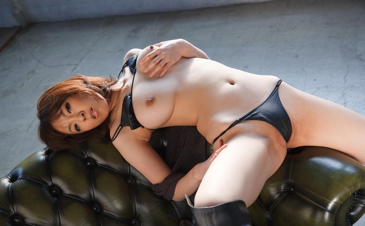 【ましろ杏エロ画像】今も成長している美巨乳!?復活絶品ボディましろ杏!(;´∀`)