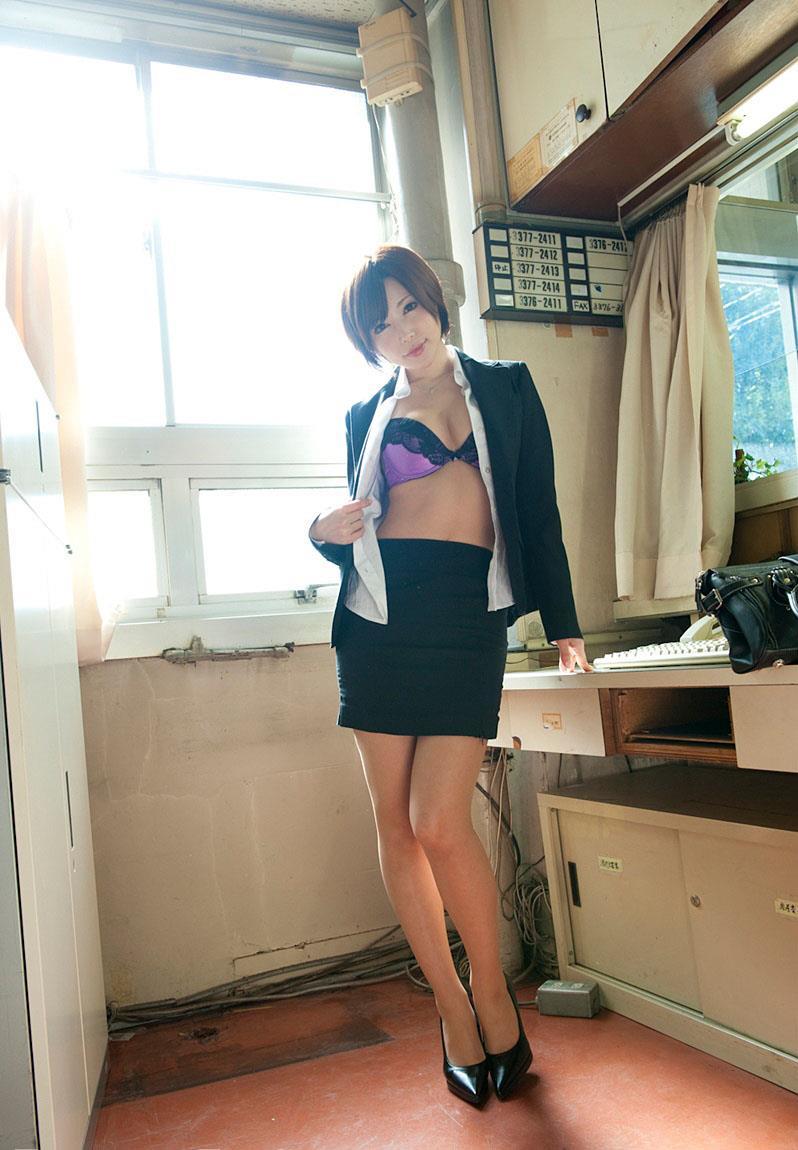 【里美ゆりあエロ画像】傾国レベルな美貌と体を持つ痴女・里美ゆりあ!(;´∀`)