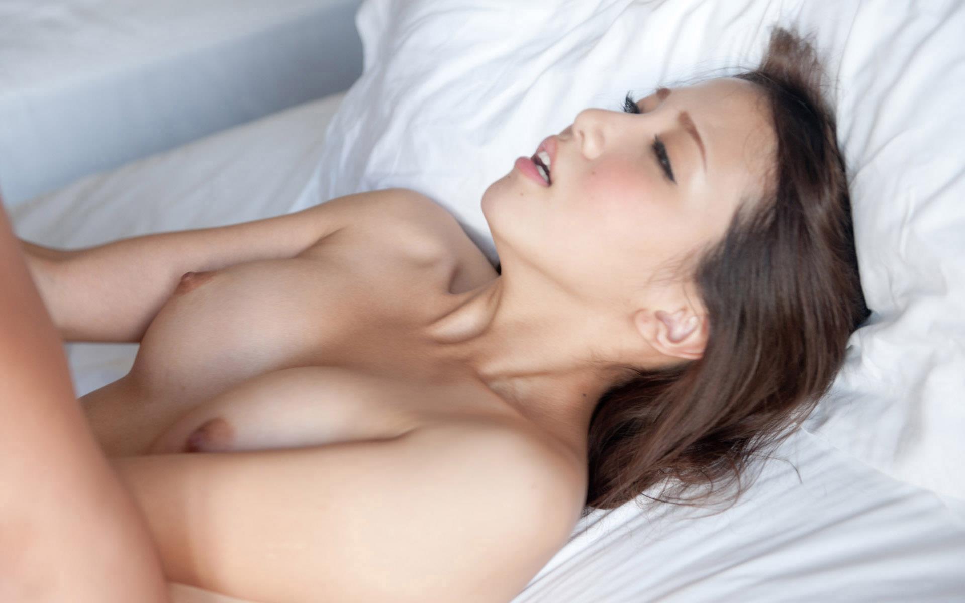 【友田彩也香エロ画像】垂れ目のセクシー潮吹きお姉さん・友田彩也香!(;´∀`)
