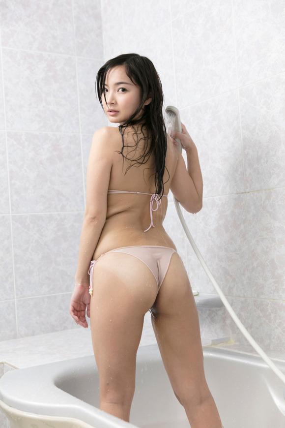 【山本有紗エロ画像】レア級の美巨尻持ちなあかひげガール・山本有紗!(;´∀`)