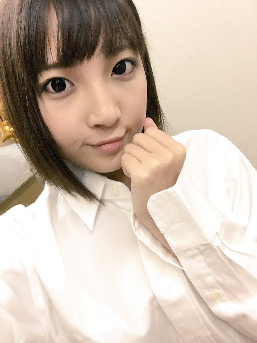 【広瀬うみエロ画像】事務員からAVへ!激カワ美少女・広瀬うみ(;´Д`)