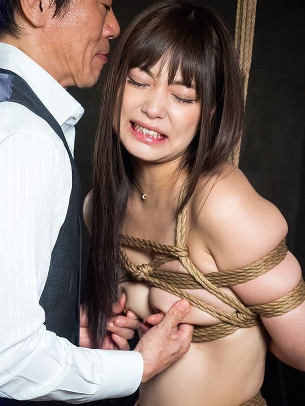 【紺野ひかるエロ画像】コスプレレベルも高い長身スレンダー美少女・紺野ひかる!(;´Д`)