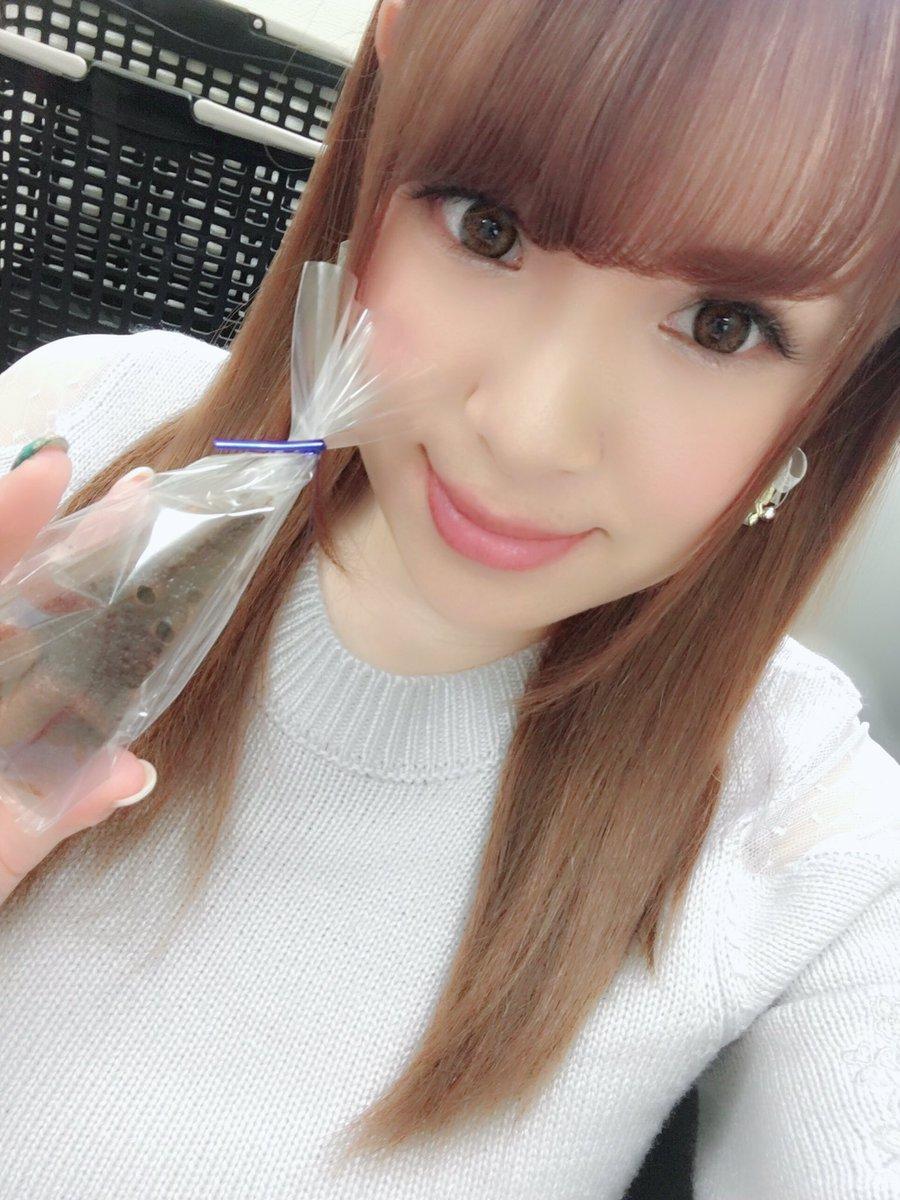 【西村ニーナエロ画像】復帰の度に大きくなってJカップ!?ムッチリ爆乳・西村ニーナ!(;´∀`)