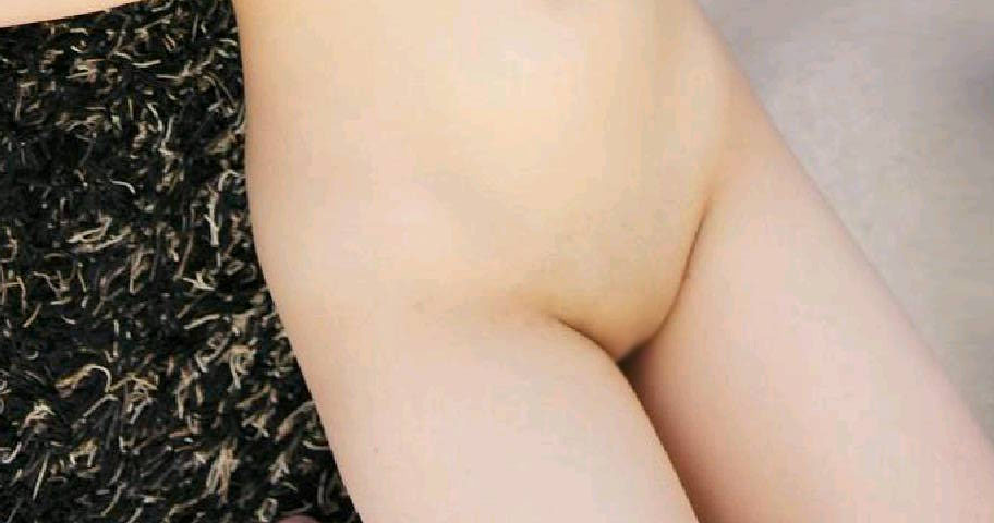 【パイパンエロ画像】陰毛なんてどこにもないツルッツルなパイパン股間特集!(;゚Д゚)