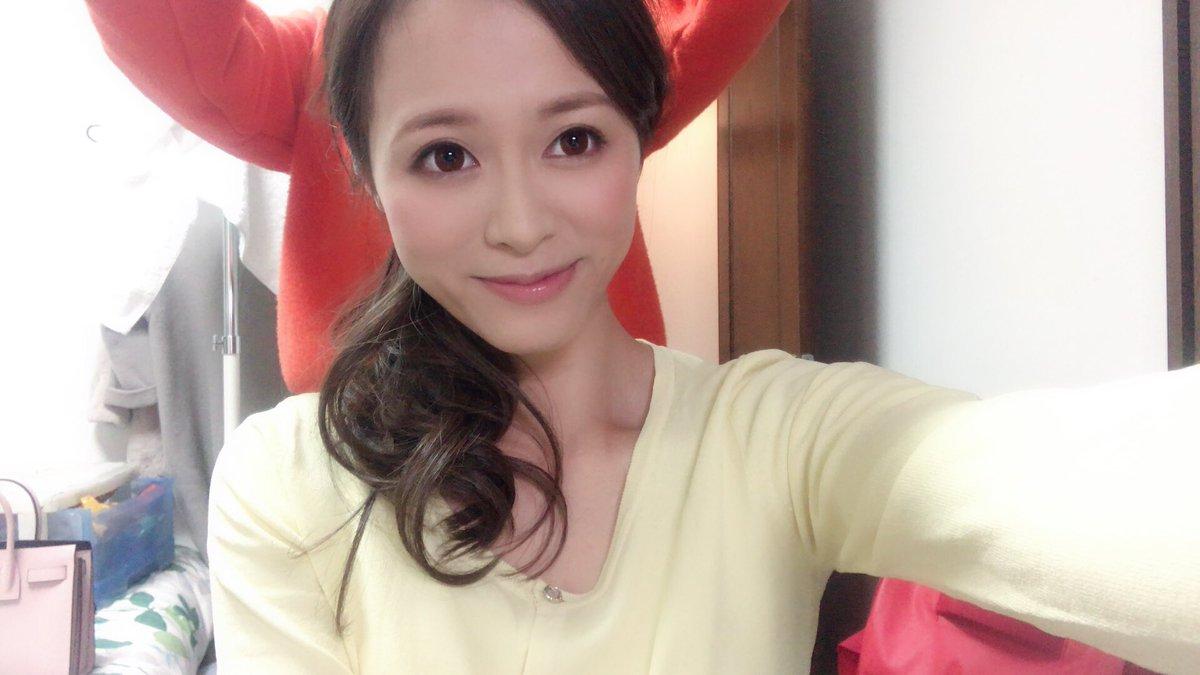 【星川光希エロ画像】軟体でほぼパイパンなスケベボディ美女・星川光希!(;´∀`)