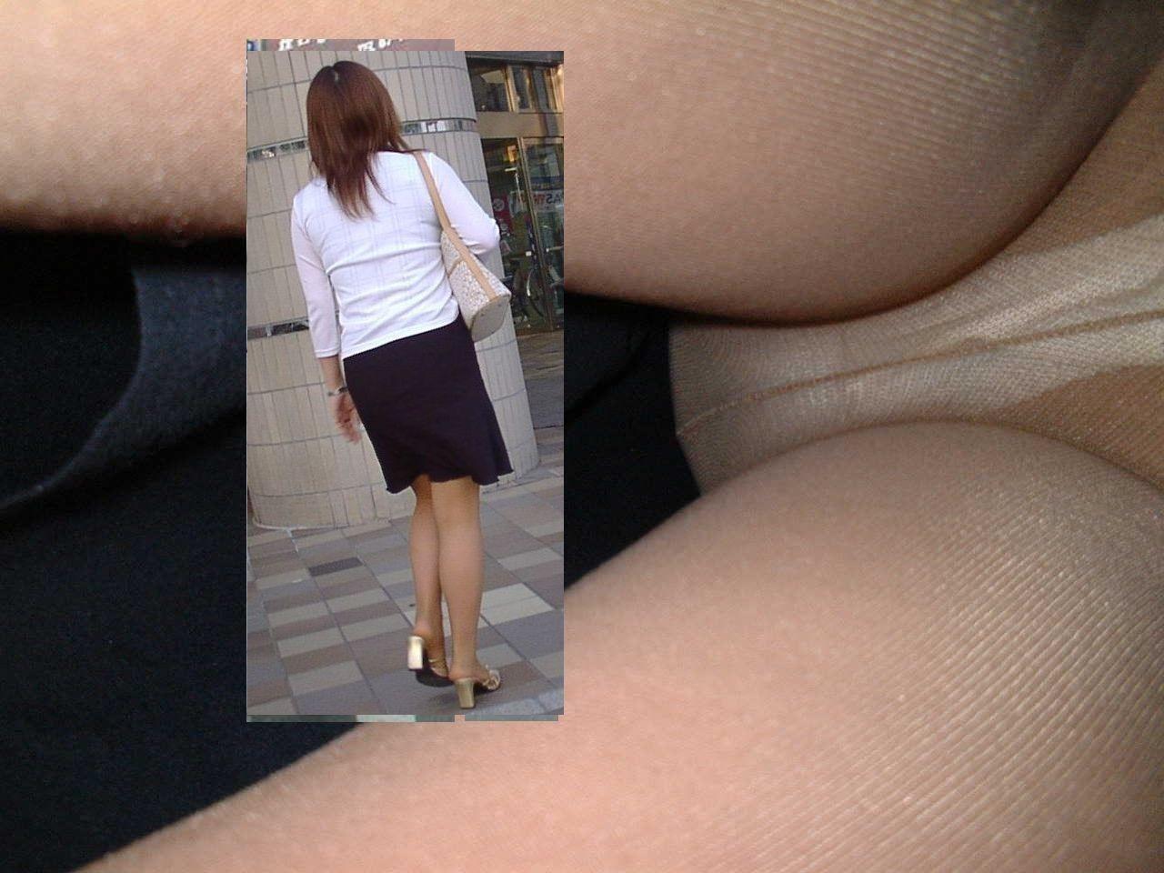 【パンチラエロ画像】暖かくなって蒸れ度も上がった下半身の逆さ撮り!(;^ω^)