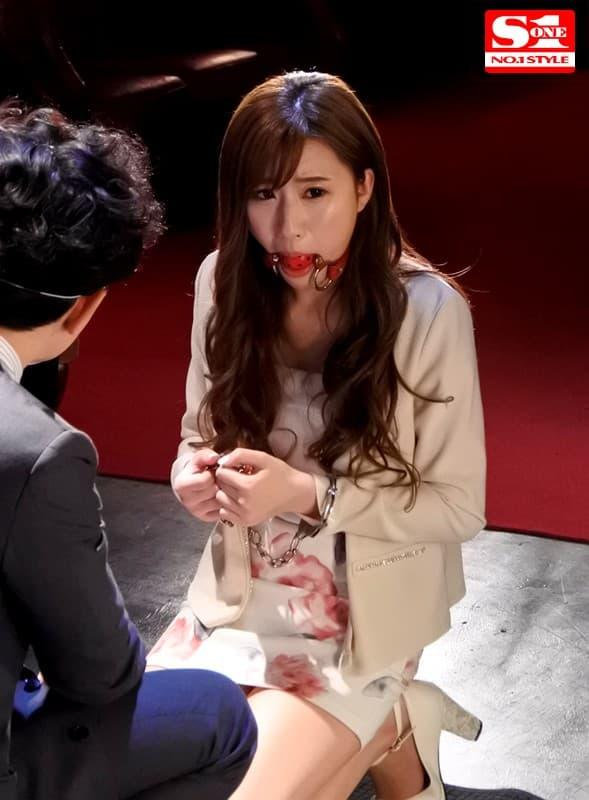 【美竹すずエロ画像】スレンダー美巨乳のトランジスタグラマー・美竹すず!(;´Д`)