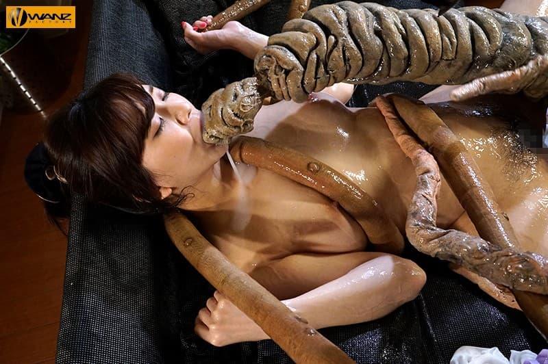 【鈴木真夕エロ画像】巨乳で剛毛で手先が器用な女の子・鈴木真夕!(;´∀`)