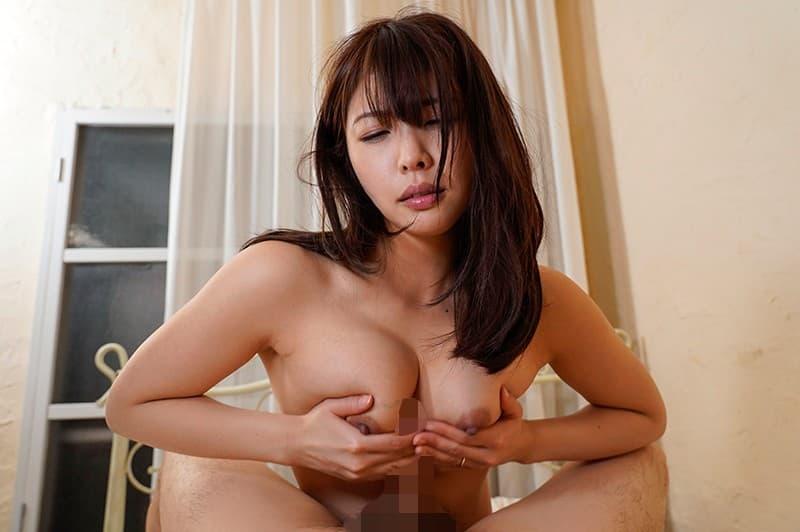 【新村あかりエロ画像】AVオタクでもある巨乳巨尻美少女・新村あかり!(;´Д`)