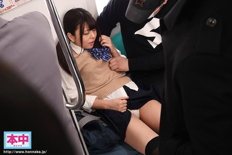 【岬あずさエロ画像】田舎からやって来た純朴系の巨乳美少女・岬あずさ!