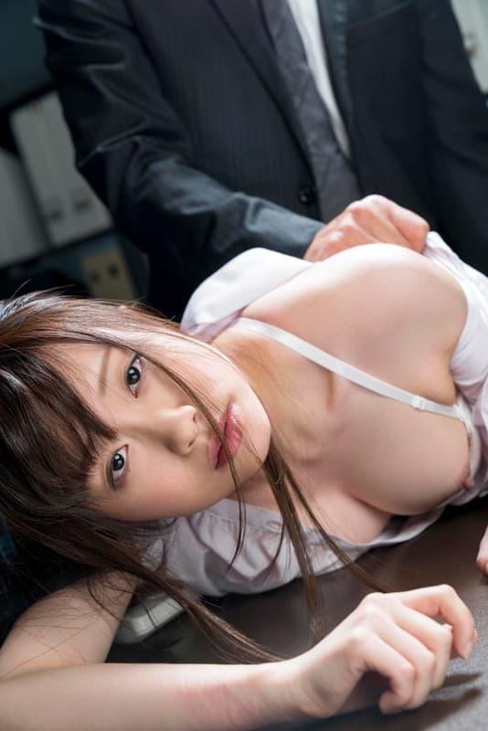 【桐山結羽エロ画像】潮吹き量が大量過ぎる美形娘・桐山結羽!(;´∀`)