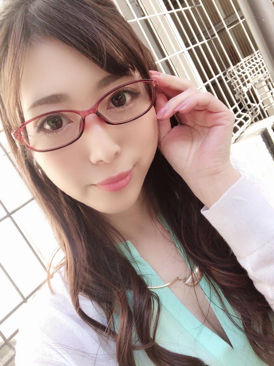 【阿部栞菜エロ画像】実際はカッチャマではなかった若き人妻系・阿部栞菜!(;´∀`)