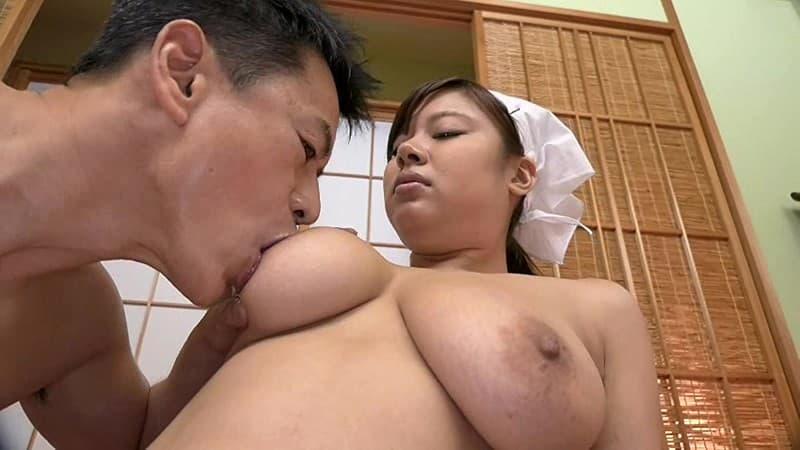 【笹宮えれなエロ画像】爆乳爆尻ジューシーボディが自慢のお姉さん・笹宮えれな!