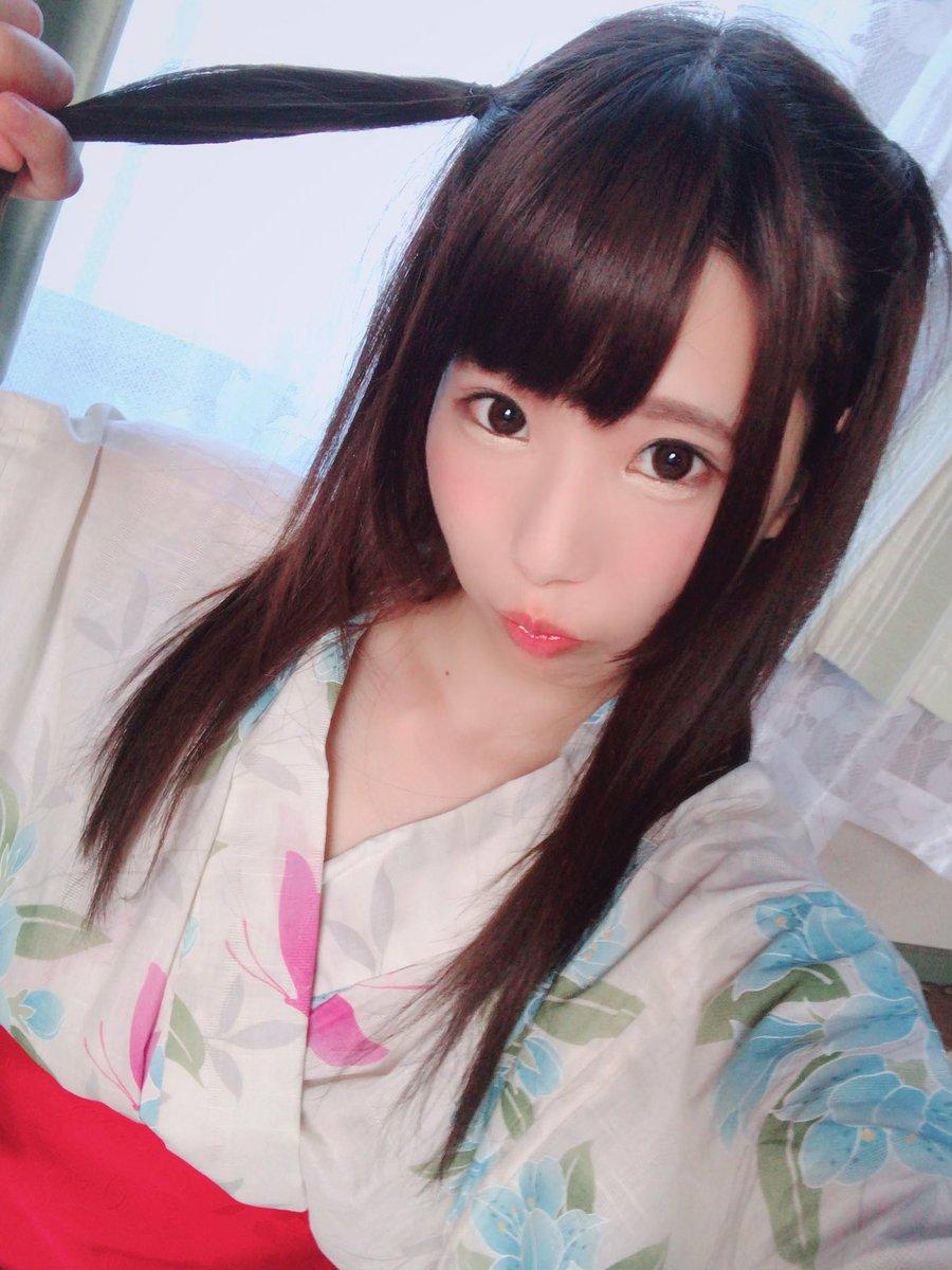 【水嶋アリスエロ画像】コスプレも嗜む黒髪激カワ美少女・水嶋アリス!