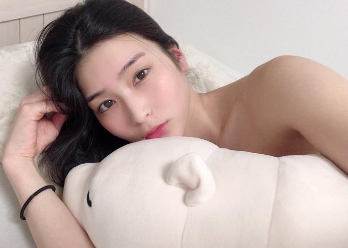 1万人に望まれた長身美女・本庄鈴のエロ画像