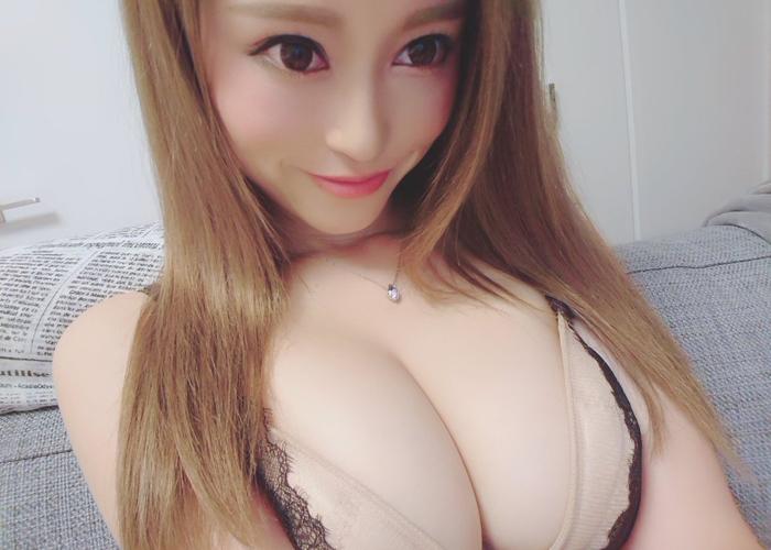 痴女系スレンダー美女・桐嶋りののエロ画像