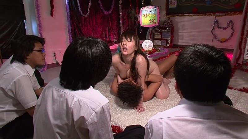 【辰巳ゆいエロ画像】長い脚とでっかいお尻が武器の長身美女・辰巳ゆい!