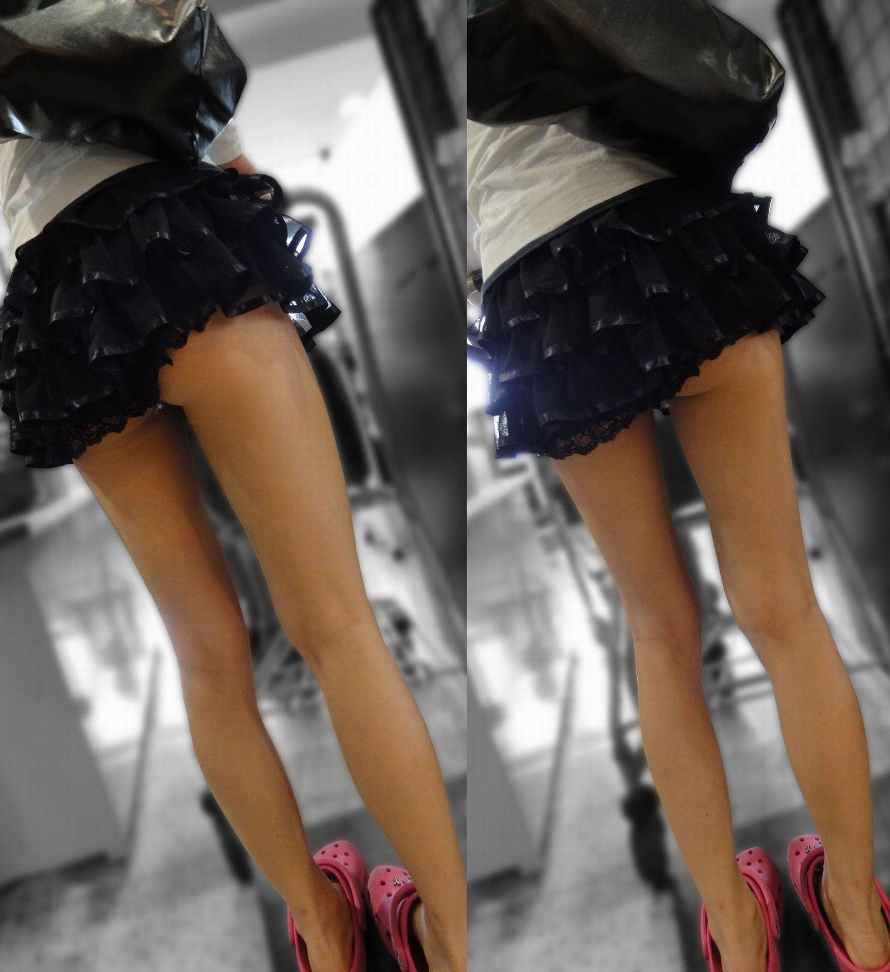 【着尻エロ画像】一部出ちゃっても平気で外出できるホットパンツ女子のハミ尻撮り!