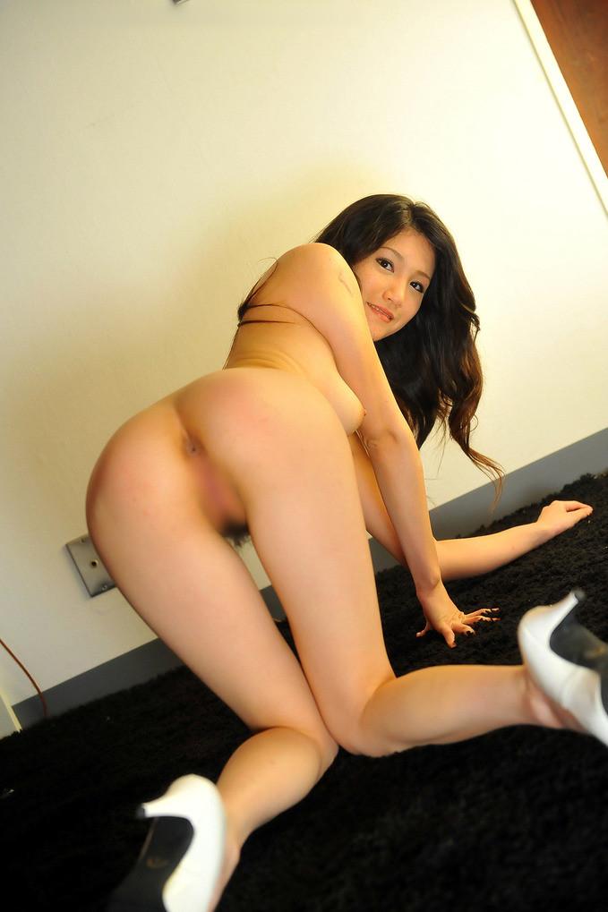【アナルエロ画像】舐めたい?挿したい?女子の肛門に大接近!