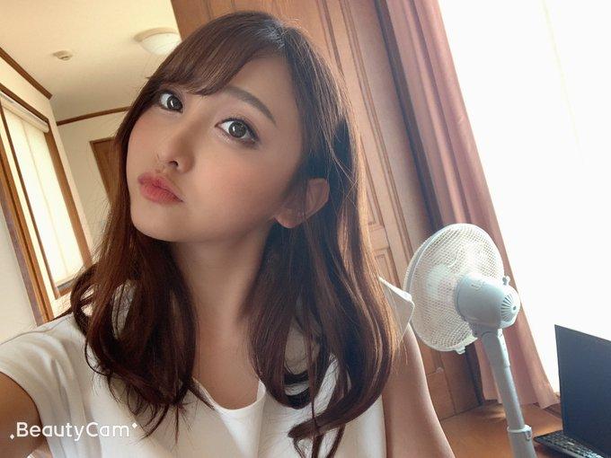 【愛瀬るかエロ画像】スリムで美乳で美形なギャル系・愛瀬るか!