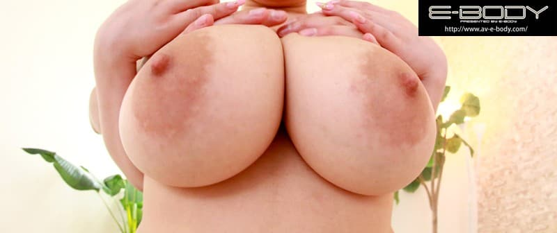 【ももい理乃エロ画像】108cmKカップ!超乳を携えた童顔娘・ももい理乃