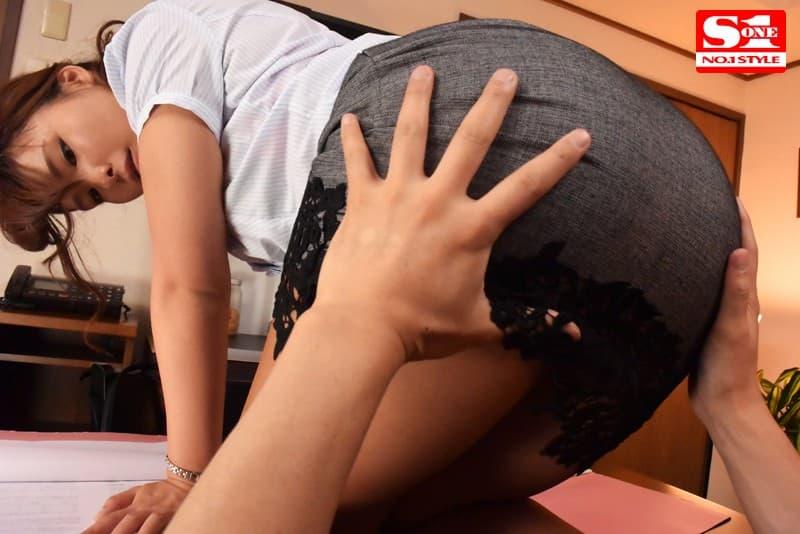 【柳みゆうエロ画像】19歳の時点で大人の色香が強すぎる美尻娘・柳みゆう!