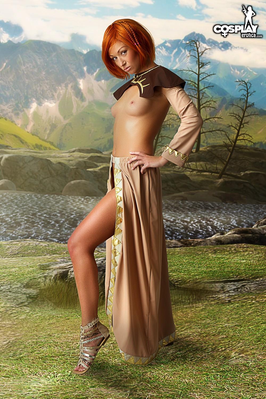 【コスプレエロ画像】恥部を出すまでがお約束の海外セクシーコスプレ美女たち!