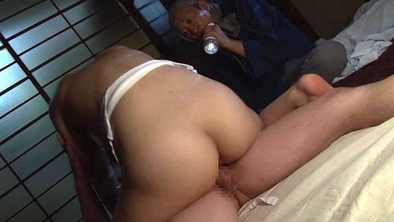 【鈴村いろはエロ画像】細身なのに圧倒的過ぎるJカップ爆乳を持つ鈴村いろは!