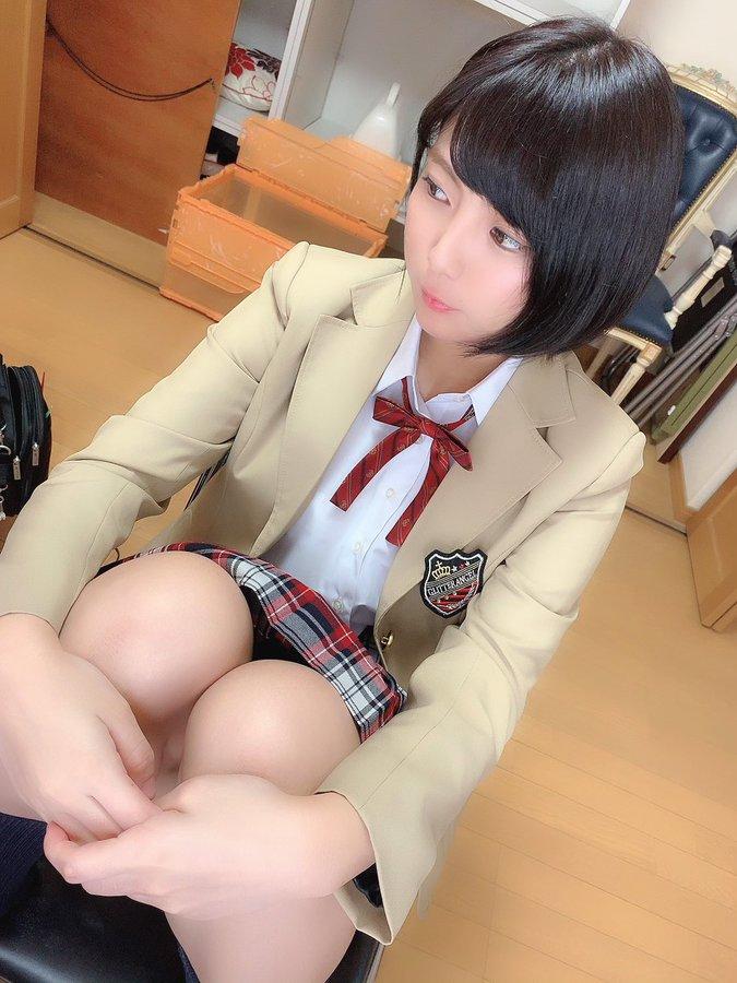 【乃木蛍エロ画像】長身美巨乳の元レイヤーでサブカル好きな美少女・乃木蛍!