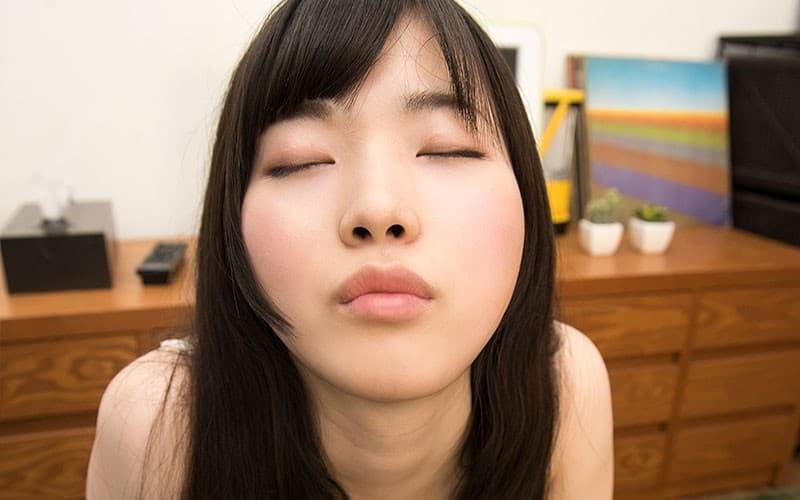 【美甘りかエロ画像】ツインテも似合っているパイパン美少女・美甘りか!
