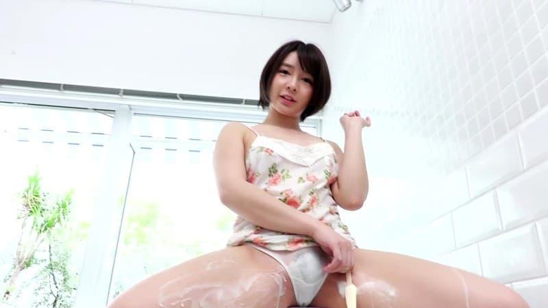 【有咲いちかエロ画像】小柄なのに凄く良い巨尻を持つ美少女・有咲いちか!