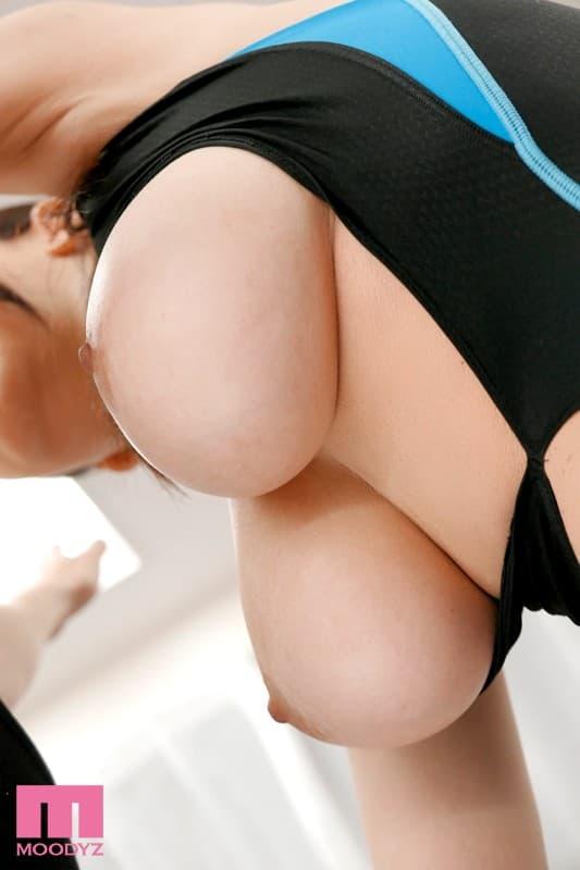 【沖田杏梨エロ画像】1億円バストが強烈過ぎた絶品ボディ美女・沖田杏梨!