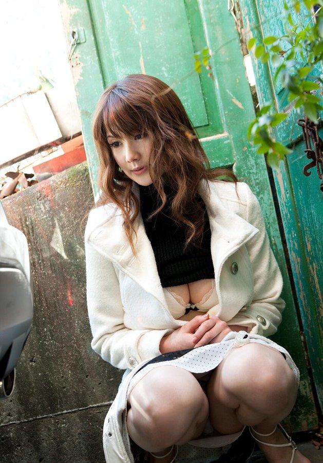 【桐原エリカエロ画像】長身美巨乳プロポーションが自慢な美女・桐原エリカ!