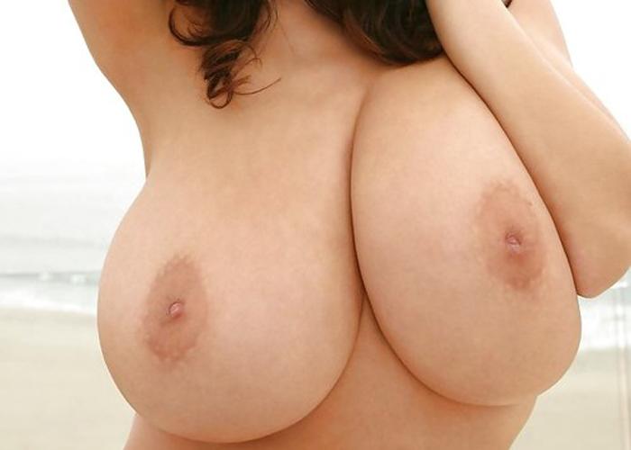 【乳頭エロ画像】お願い出て来て!勃たせて無理ならお手上げな陥没乳首!