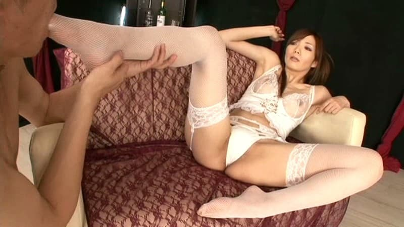 【榊なちエロ画像】アナルが敏感な長身スレンダー美乳痴女・榊なち!