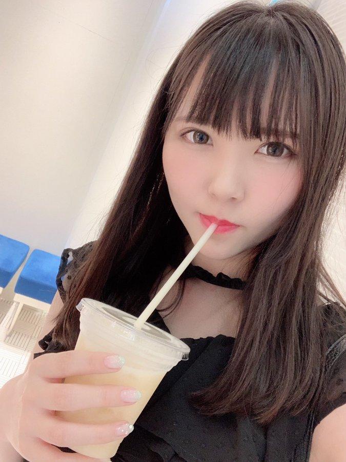 【生野ひかるエロ画像】陰毛もなかった期待の美巨乳ちゃん・生野ひかる!