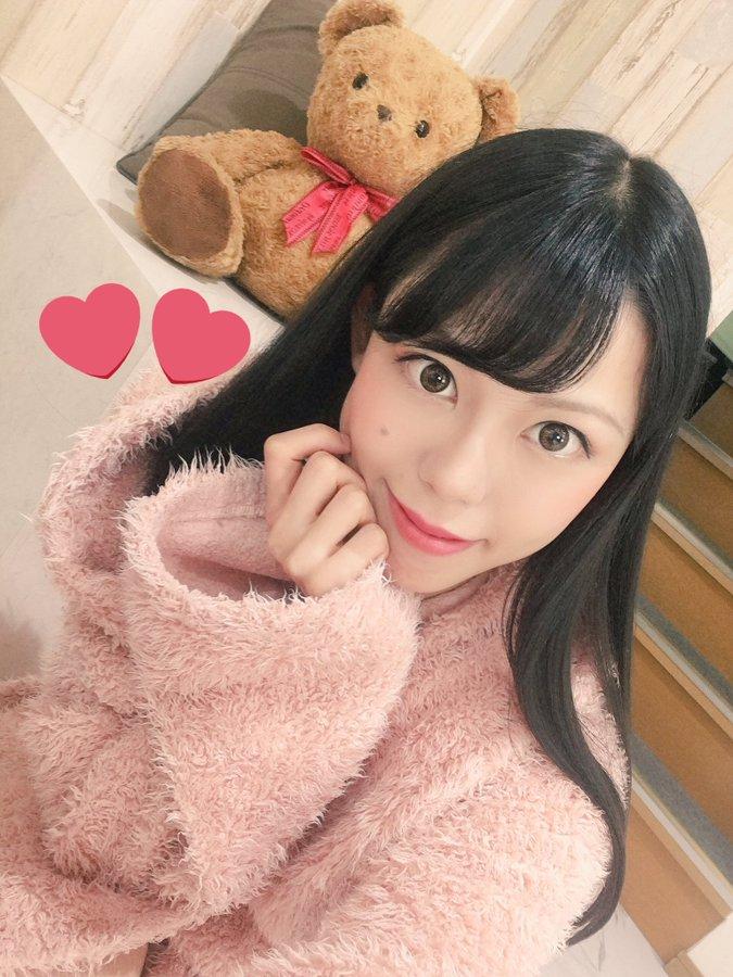 【桜庭うれあエロ画像】ベロ長でフェラの鉄人なお姉さん・桜庭うれあ!
