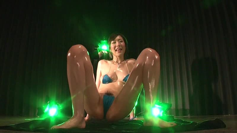 【雨宮琴音エロ画像】元No.1キャバ嬢の美乳スレンダー美女・雨宮琴音!