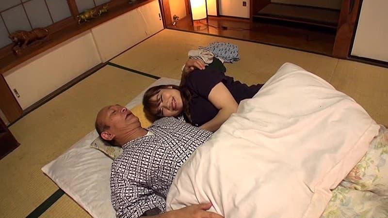 【雪美千夏エロ画像】AVは天職だと!?見せたがるグラマラス娘・雪美千夏