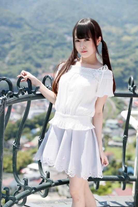 【一ノ瀬ももエロ画像】ムチムチでパイパンな王道の美少女系・一ノ瀬もも!