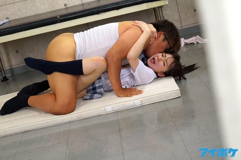 【琴水せいらエロ画像】M度が非常に高い自他共に変態と認める娘・琴水せいら!