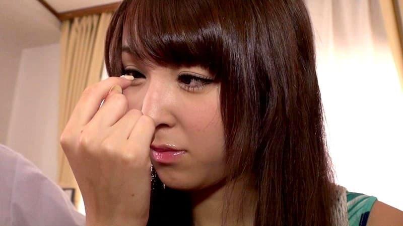 【椎名ひかるエロ画像】奇跡が与えた美白美乳を持つ美少女・椎名ひかる!