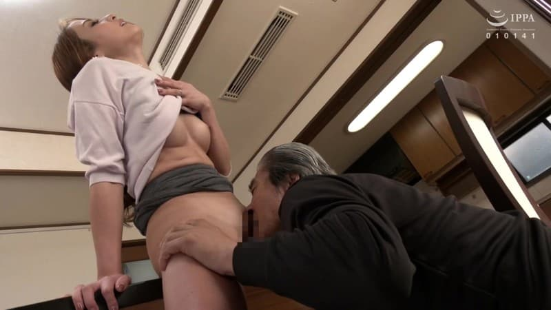 【理々香エロ画像】責められ潮吹く肉食系スタイルな黒ギャル・理々香!